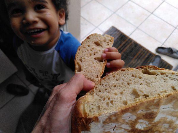 faire son pain au levain, à la maison, c'est aussi trouver son public